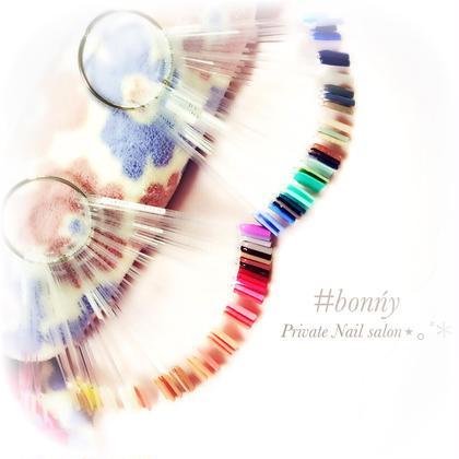 多数、カラーもご用意しています♡ご希望であればオリジナルカラーも作ります♡ #bonńy nail所属・#bonńynailのフォト