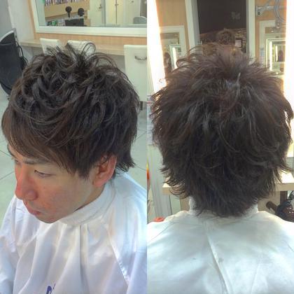 簡単に毛束感がでるようにカット‼︎ さらに動きを出しやすくスタイリングを楽にするためにパーマ‼︎  ワックスをなじませて毛先を整えるだけで スタイリング完成‼︎ 男性のスタイリングで毛束が作れない人は ぜひパーマを試していただきたい‼︎ Ash小岩所属・トップスタイリスト間宮哲平のスタイル