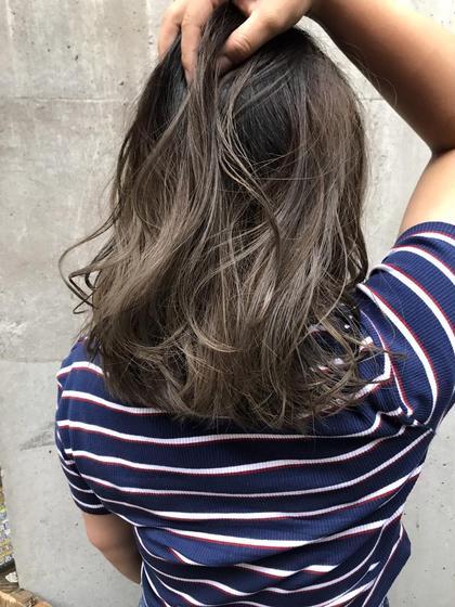 ミディアム w-color ブリーチ1回で外国人風HAIRに!!