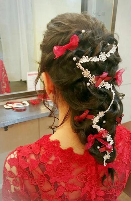 ヘアセット+ポイントメイク★結婚式やコンサート、デートに☆