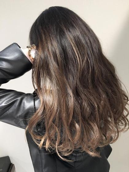 根元から中間までストレートをかけて 毛先はふんわり巻きましたっ! Flicka所属・岩沢絵里香のスタイル