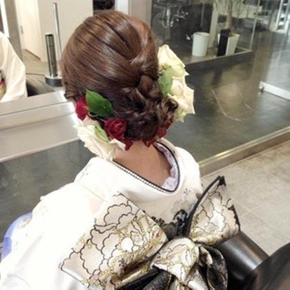 成人式、卒業式、結婚式などの 着付けも受け付けております! 料金4860円〜⭐️ shelly所属・wagoayakaのスタイル