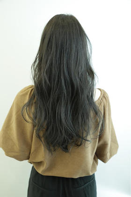 イルミナカラーで透け感暗髪グレージュに☺︎ REGALO hair atelier所属・小野瀬裕也のスタイル