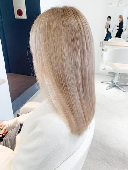 ✨ブリーチ2回して髪質改善✨カット+ダメージレストリプルカラー+oggi otto✨ミルクティーベージュ、ホワイトカラー