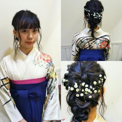 卒業式ヘアセット♪黒髪に映えるように、生花で仕上げました! Neolive an:所属・前田ヒロコのスタイル