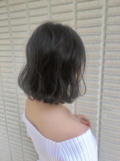 【 イルミナカラー  × カーキグレー 】  秋色入れてます ♪  高江秀聡のヘアスタイル・ヘアカタログ