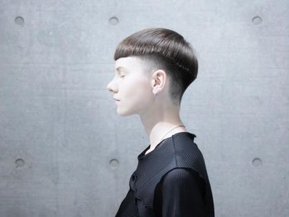 大人気カラー👑イルミナカラー👑前髪カット代なし‼️イルミナカラー+選べる3stpトリートメント