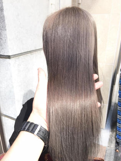 【期間限定🐸梅雨に負けるな🐸 premiumメニュー】☆ブリーチ+ツヤ透明感ダブルカラー☆