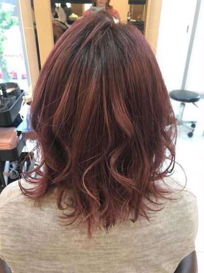 ピンクに少し赤を入れました! 夏に向けて明るくしちゃいましたね(^^) aL-ter LieN所属・島田 菜央のスタイル
