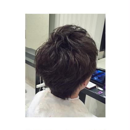 ブリーチ×暗めアッシュ 暗い中での透け感も HAIR&MAKE EARTH岩槻店所属・宮本大翔のスタイル
