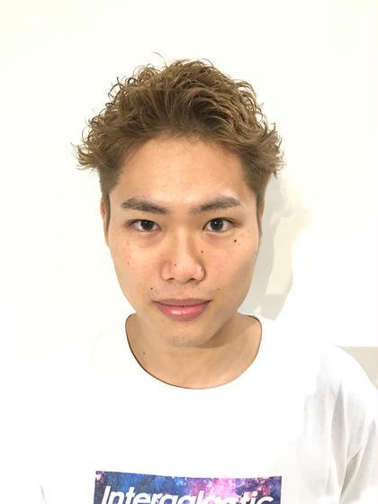 カット+ ワンブリーチ×カラー×クリームパーマ AO所属・岩泉元治のスタイル