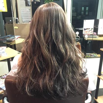 グレージュ Hair kitchen所属・ishidatatsuhiroのスタイル