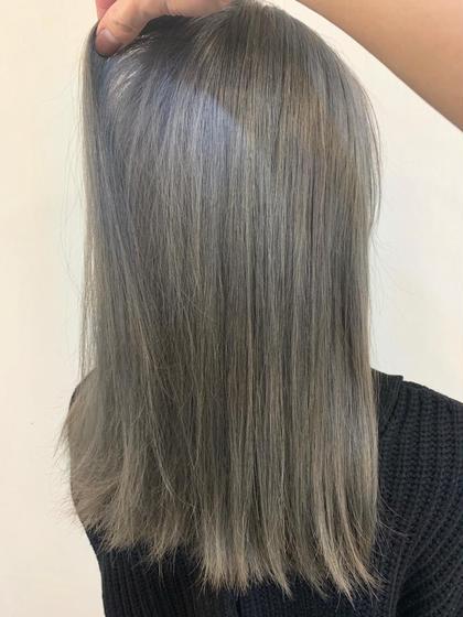 カラー ロング cut / wcolor / greige✂︎ ベース.黒染め、ハイライト経験あり