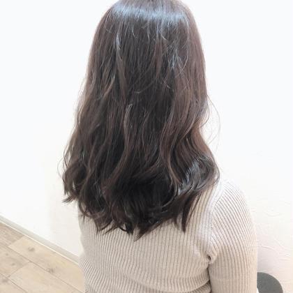 赤みがつよくても、ここまで抑えれます♪ ブリーチ無しでも透明感だしましょー!! hairdesignrocca所属・サカグチリコのスタイル