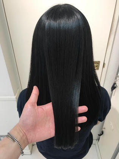 【🌈人気NO.2ダメージ90%オフ✨】プレミアム縮毛矯正&うる艶トリートメント✨ペタっとしない最高の手触り、まとまり