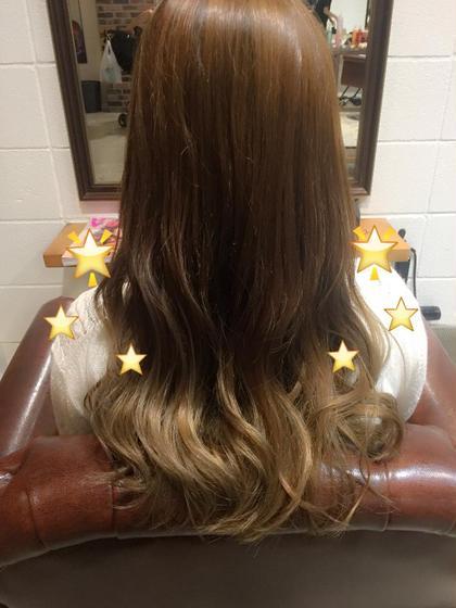 ナチュラルな色味のグラデーションです 巻くと光に透けて綺麗な色です MARIO hair design所属・塩本美菜のスタイル