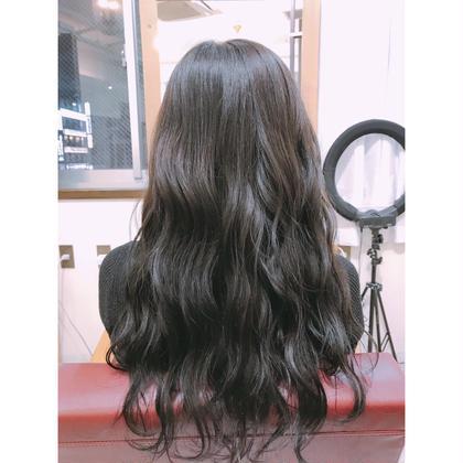 ❤︎ マットアッシュ 5トーン ❤︎ 長南磨依のロングのヘアスタイル