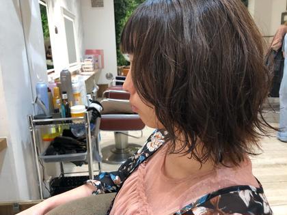 パーマ ミディアム ブリーチ毛ですが、ちゃんとパーマかけれます!状態にもよりますのでご相談下さい!!