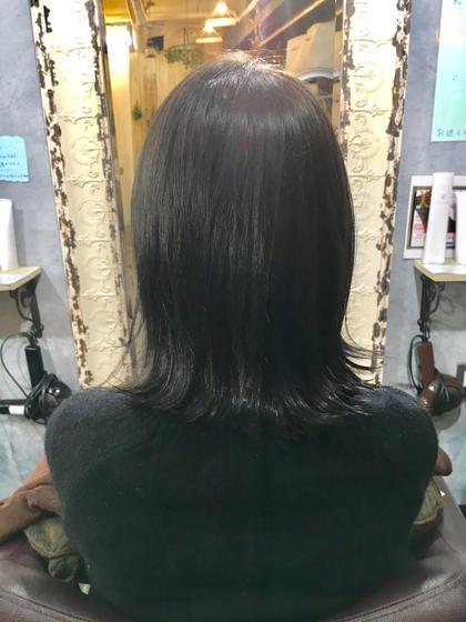 イルミナのオーシャン ブルージュグレー  . LIRA by CUORE所属・さかもとしおんのスタイル