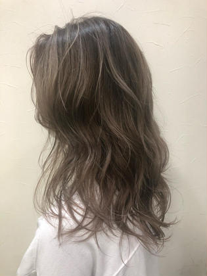 巻き髪スタイリング