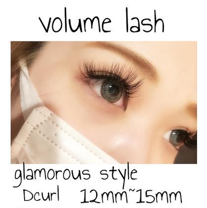 マツエク・マツパ volume lash ☻ fan(束)の毛先を広げる事で、より密度が高くなり ダメージも軽減されます。