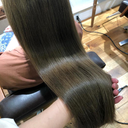 【💗本日8/19限定💗】透明感カラー+髪質改善プラチナシステム✨