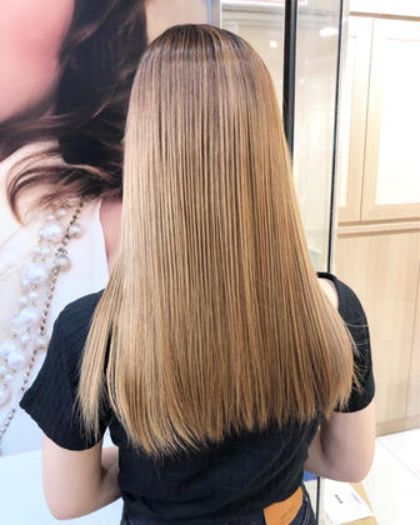 ❣️ブリーチ毛もOK❣️髪質改善縮毛矯正【グロスストレート】+キラ艶トリートメント⭐️最高の艶と仕上がりを実現します
