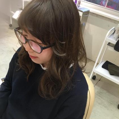 お客様カラー☆スモークベージュ  BURNEY FIELDS所属・ogawachihiroのスタイル