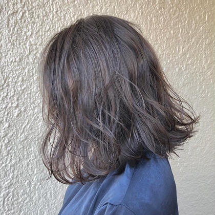 砂川夏希のミディアムのヘアスタイル