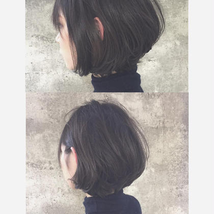 グラデーションボブ×ダークアッシュ シャープなヘアスタイルをしっとりふわっとレザーカットで柔らかい質感に。 仲井弘樹のショートのヘアスタイル