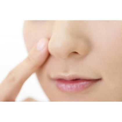 毛穴が気になる方オススメ✨酵素洗顔+毛穴パックさらに❗️ファンゴパック付きフェイシャルエステ60分      3300円