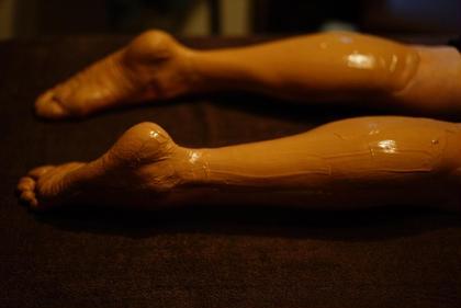 クレイセラピーフット(足浴付き35分)+リフレ(ふくらはぎ+足裏45分)