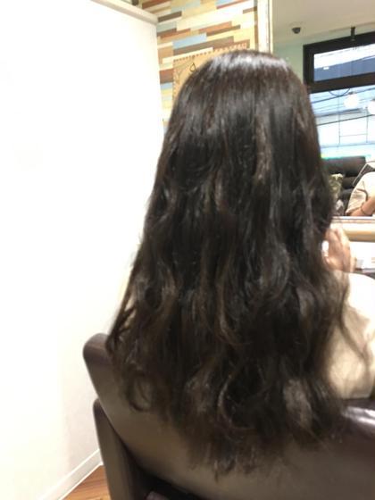 カラーとエクステの同時施術もOK(`・ω・´)/ 仕上げもK-POP風なヘアアレンジで☆彡.。