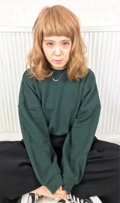 キャロットベージュ×オン眉♪ 実はプレミアムシールエクステ100枚付いてます! アンククロス表参道-harajuku-所属・大野菜摘のスタイル