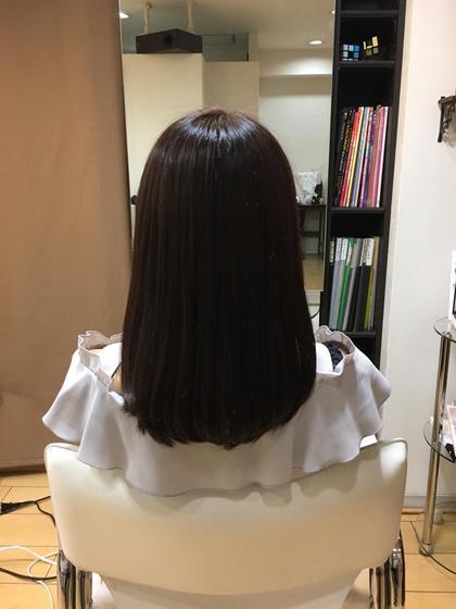 イルミナ、バイオレットブラウン!! 鎖骨下ボブ ディンプル所属・斉藤勝のスタイル