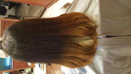 赤みをおさえたグラデーションカラー AUBE hair所属・兵藤恭香のスタイル