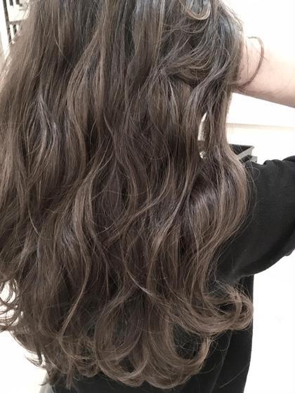 TOKIOトリートメント《ノーベル賞受賞成分フラーレン配合》毛髪復元✨シャンプー&ブロー&コメ巻き仕上げ込み‼️