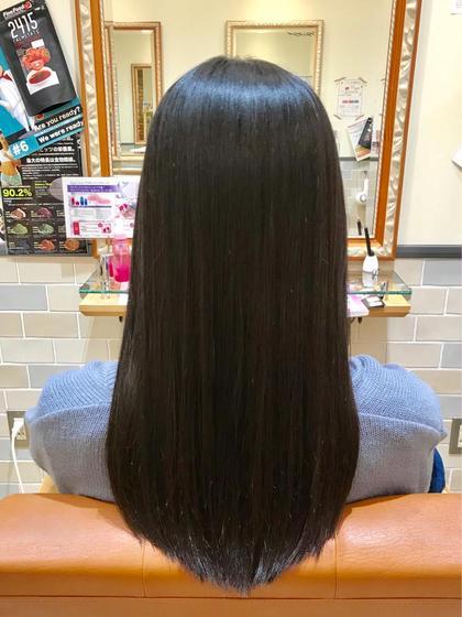ロング ツヤツヤさらさらストレートです💖  お薬やカットは髪の毛をしっかりと診断した上で  施術させていただきます!  髪質や癖を理解しておこなわせていただきます💫