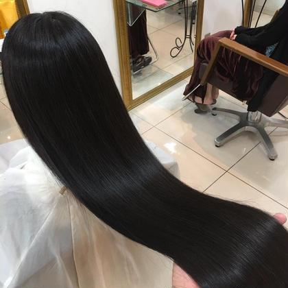 プラチナトリートメントであなたもモテツヤ髪になりませんか⁉️❤️❤️ 🥇高級商材取り扱い店🥇FORTEGINZA所属・艶髪カラーリスト角田悠輔のスタイル