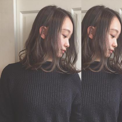 ⭐︎グレージュ ハイライト⭐︎ 新田廉Topstylistのミディアムのヘアスタイル