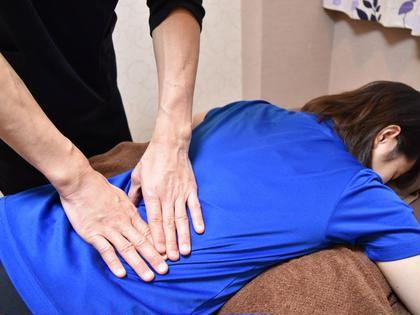 首肩コリ/腰痛/目の疲れ/むくみ/冷え性に~カラダバランス整体 半身45分