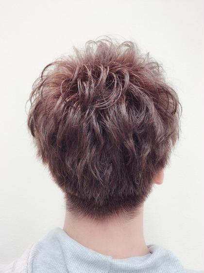 髪の短い男性でもこの透明感! Ash横浜西口店所属・畑野有志のスタイル
