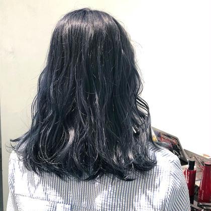 ブルーシルバーカラー☺︎☝︎ クールなお洒落アッシュカラーです✌︎♡ 菅原由香梨のヘアカラーカタログ
