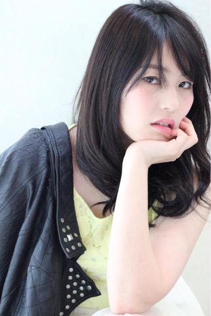 大人可愛いロングSTYLEです(^^)  カラーはマーメイドアッシュでツヤ感透明感を! RISE  SWELL所属・matsuotomoyaのスタイル