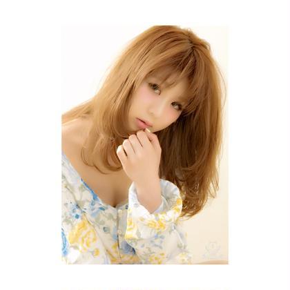 その他 ⭐️ぷちブログ⭐️  インスタグラマーのモデルさん♡  シースルーカールが柔らかい印象を出し夏っぽくて爽やかですね✨✨