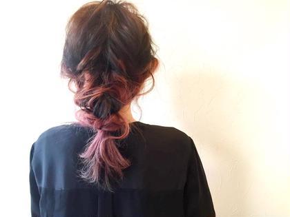後れ毛のみを巻いたストレートヘアでもできるアレンジ〇ゴム2つ使ってます〇 nike所属・大西香奈恵のスタイル