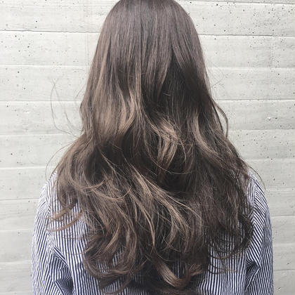 IshikawaKanakoのロングのヘアスタイル