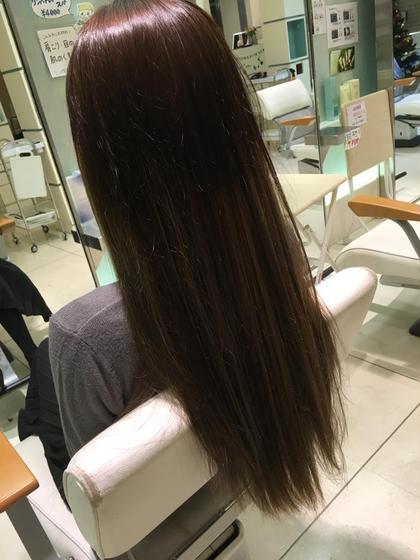 グレー系ヘアカラー TELLACELUXBEJR西宮店所属・川本あゆのスタイル