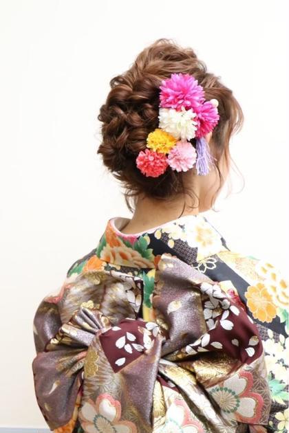 卒業式袴着付けヘアセット¥13200(注)お電話でお問い合わせください