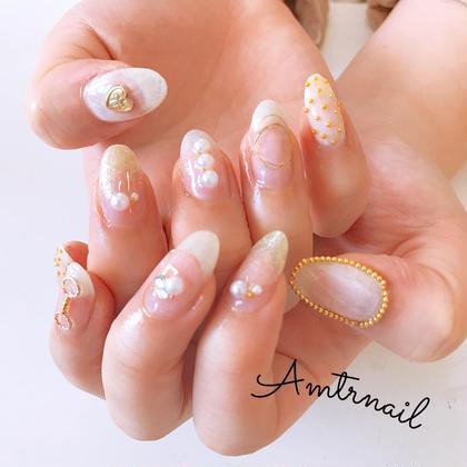 上品な乳白色×ゴールドネイル💅💎✨ amtr_nail愛夢太郎の